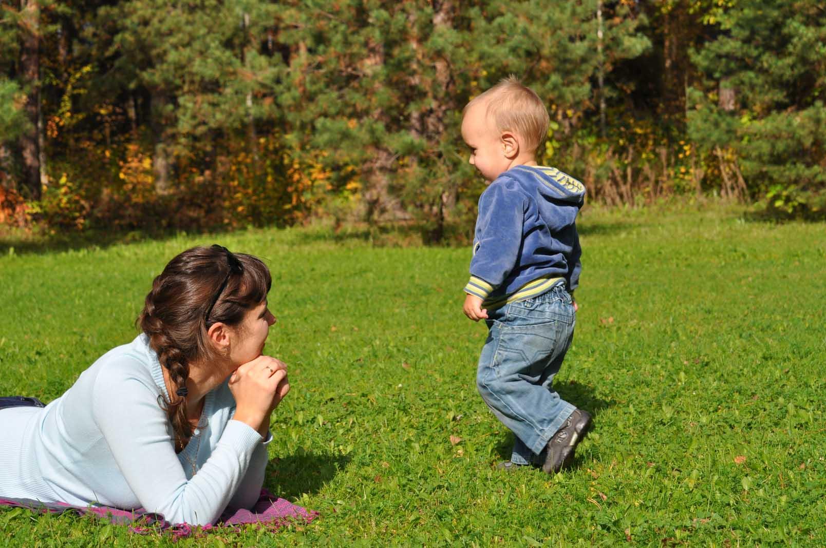 Дети - Розыгрыш дня: первые шаги ребенка